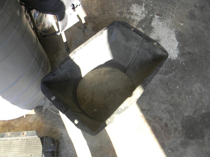 Changement de la pompe à eau sur les moteurs J8S Dscn0712