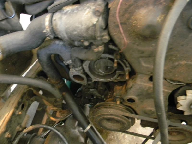 Changement de la pompe à eau sur les moteurs J8S Dscn0716