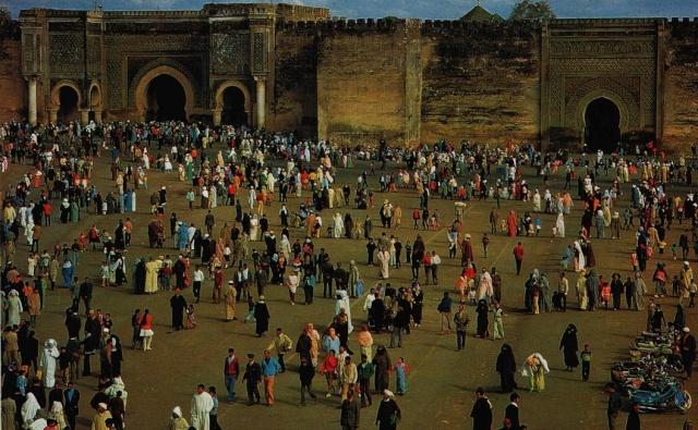 Meknès, la Ville Ancienne et les 2 Mellahs 1 Bab_ma10