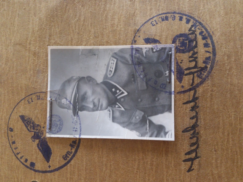 Vos livrets militaires allemands WWII (Soldbuch, Wehrpass..) / Heer-LW-KM-SS... Dsc_0017