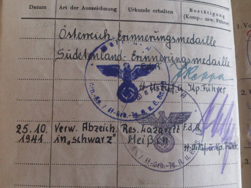 Vos livrets militaires allemands WWII (Soldbuch, Wehrpass..) / Heer-LW-KM-SS... Dsc_0037