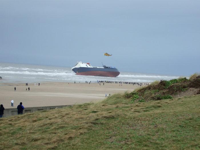 Accidents et tempêtes en mer : les news - Page 2 03_fer11