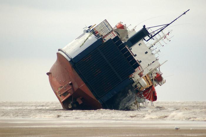 Accidents et tempêtes en mer : les news - Page 3 04_fer11