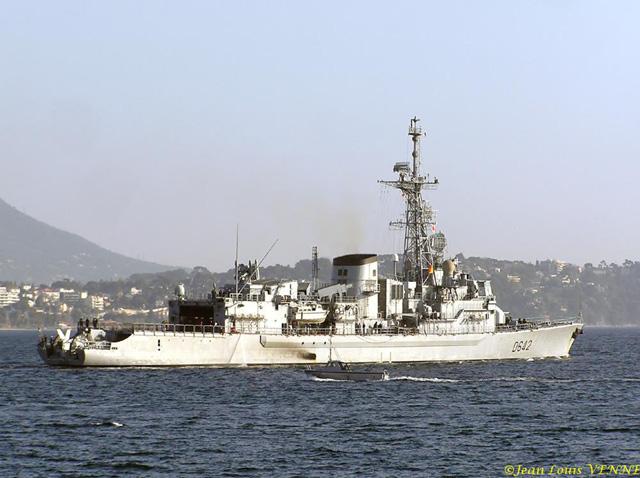 Les news en images du port de TOULON - Page 14 07c_6410