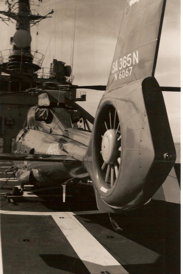[ Aéronavale divers ] Hélicoptère DAUPHIN - Page 2 Numeri22