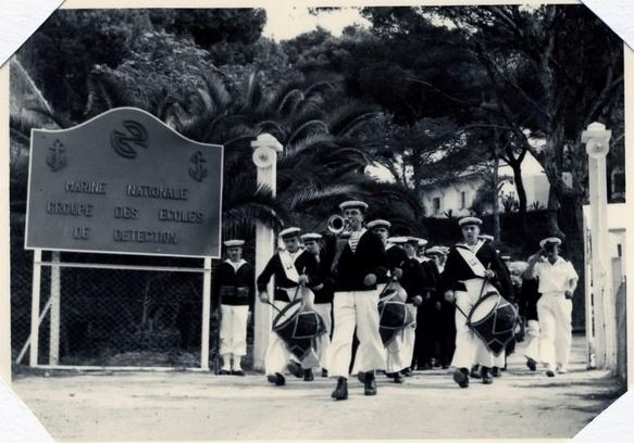 [Les écoles de spécialités] Ecole TER et Ecole des Détecteurs de Porquerolles - Page 3 Porte_10