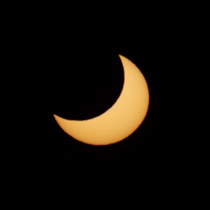 Eclipse partielle du Soleil le 4 janvier 2011 - Page 2 04-01-11