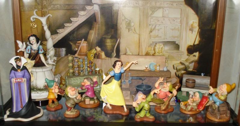 Walt Disney Classics Collection - Enesco (depuis 1992) - Page 38 Vitrin12