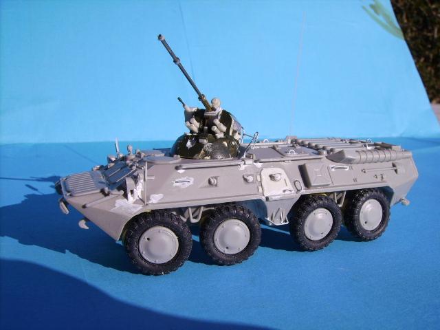 BTR 80 A 1/72° Btr2310