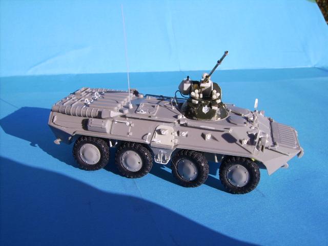 BTR 80 A 1/72° Btr2410