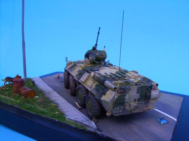 BTR 80 A 1/72° Btr3110