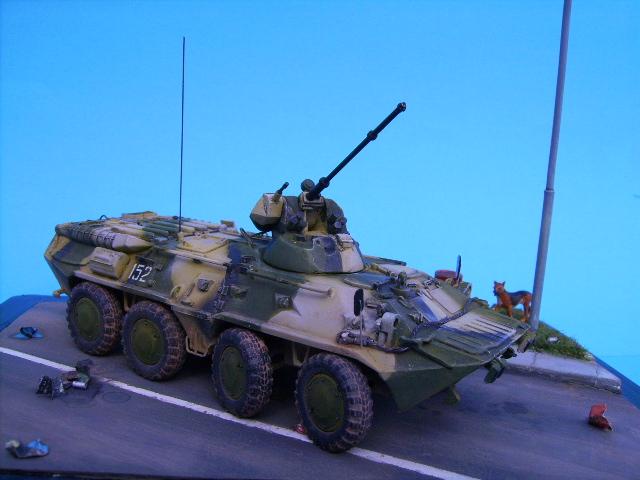 BTR 80 A 1/72° Btr3210
