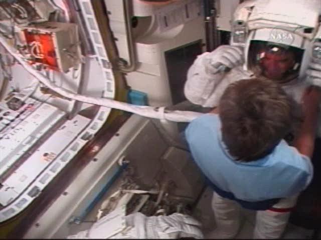 [STS122] EVA3 Nasatv10