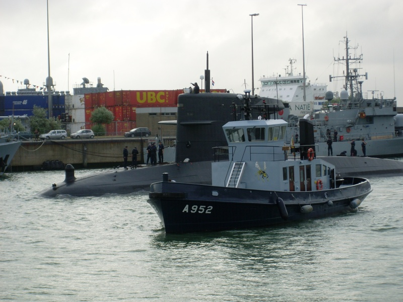 Vos photos du Navy Day 03&04/07/2010  Sl373030