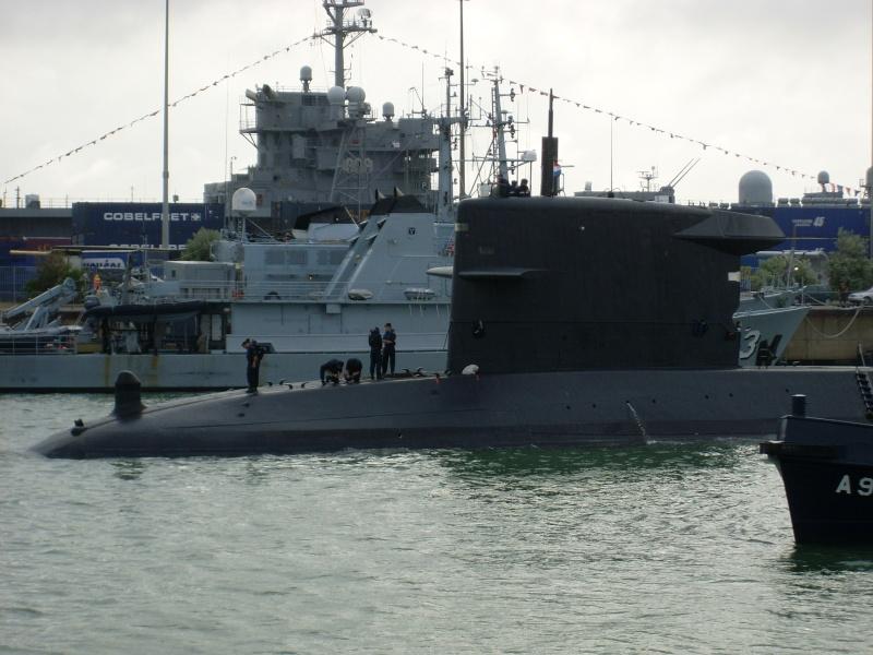 Vos photos du Navy Day 03&04/07/2010  Sl373031