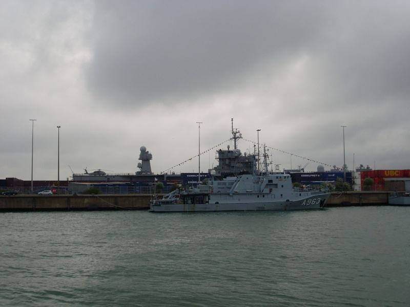 Vos photos du Navy Day 03&04/07/2010  Sl373041