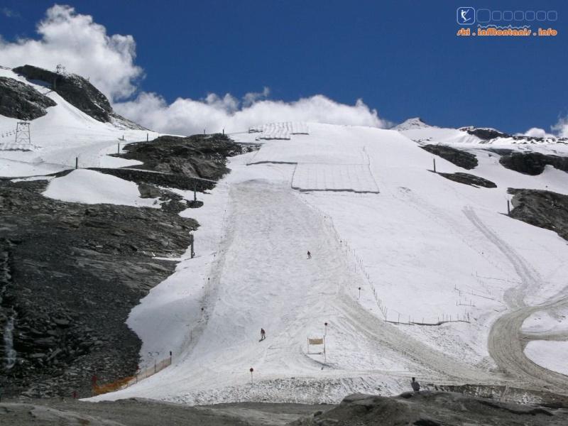 Neige et ski à l'étranger - Page 2 P1560010