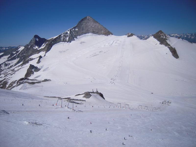 Neige et ski à l'étranger - Page 2 Qby8z410