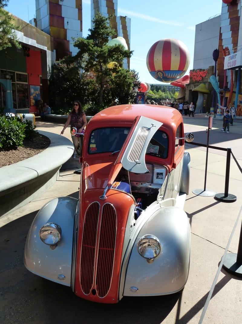 Appel !!! Festival Rock'N'Roll à Disney Village 2012 - Page 2 P1070210