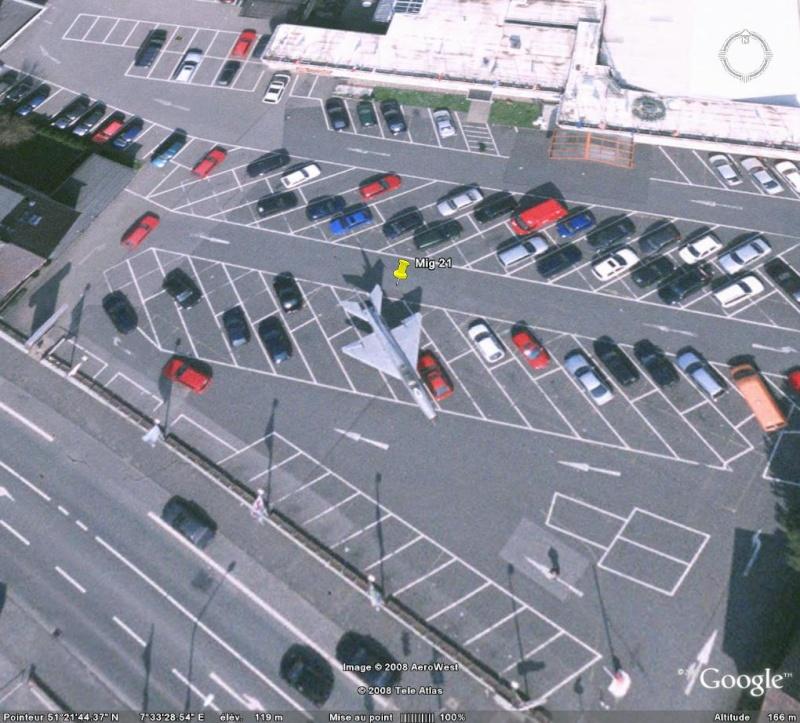 Mig 21 dans un parking, Elsey, Hohenlimburg, Allemagne. Mig10