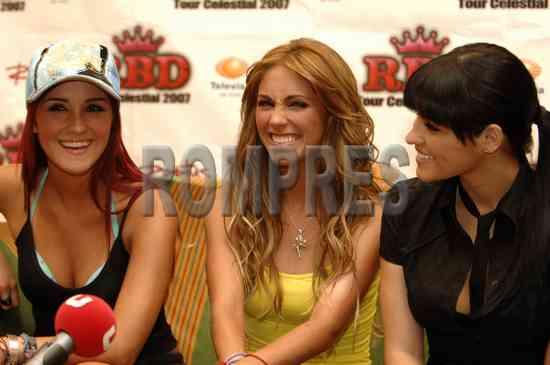 Anahi,Dulce y Maite 01110110