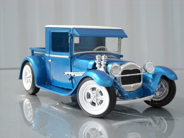 Ford '29 pick-up 210