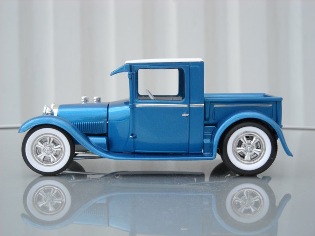 Ford '29 pick-up 310