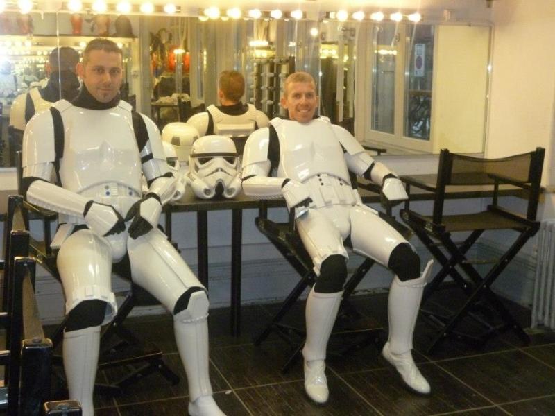conseil pour créer un costume de stormtrooper - Page 3 60399_10