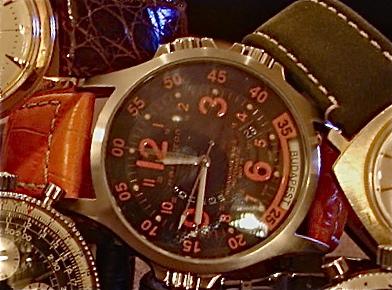 Mido - un feu de montres simples .......? - Page 2 Dsc03111