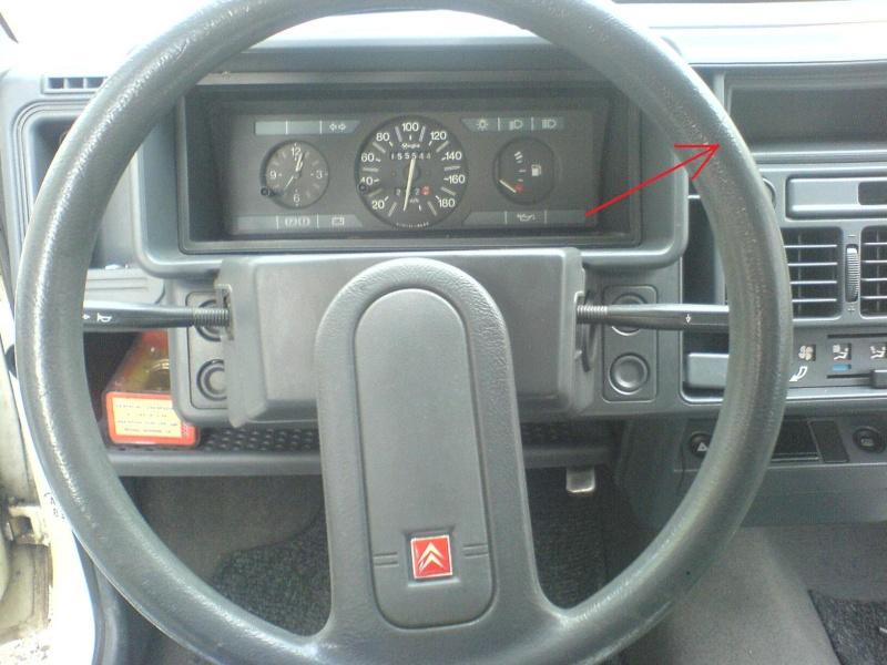 Quel poste equipe votre voiture, on vous ecoute - Page 3 Dsc00310