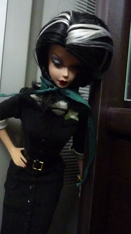 [Barbie & tonner] Cassandre, Belle et Raiponce P1010714