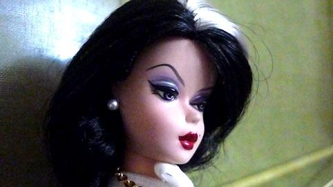 [Barbie & tonner] Cassandre, Belle et Raiponce P1010810