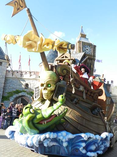 Disneyland Paris : Opération surprise numéro 2 ! Dscn4514