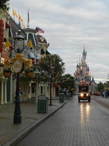 Disneyland Paris : Opération surprise numéro 2 ! Dscn4726