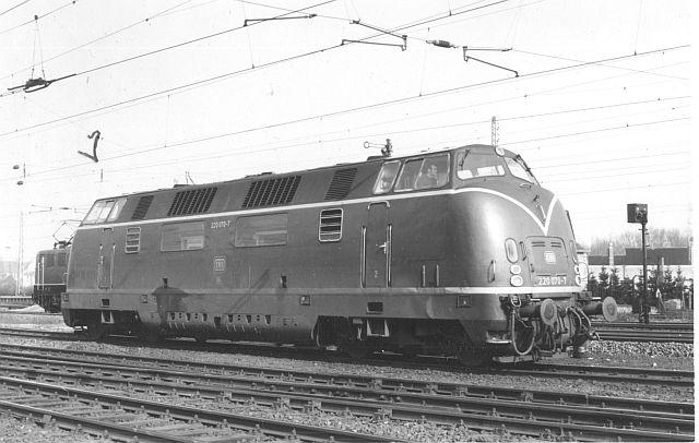 Die Baureihe 220 / V200 der DB - der Klassiker 220_0711