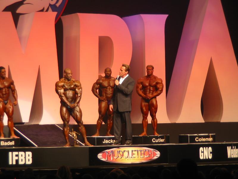 2004 - Mr. Olympia 2004 & 2005 en photos... Img_2210