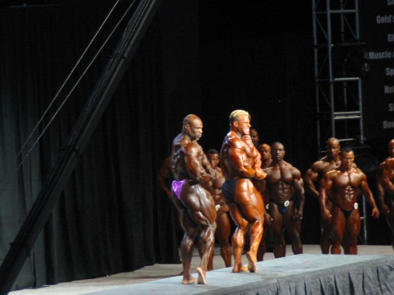 2004 - Mr. Olympia 2004 & 2005 en photos... Img_3210