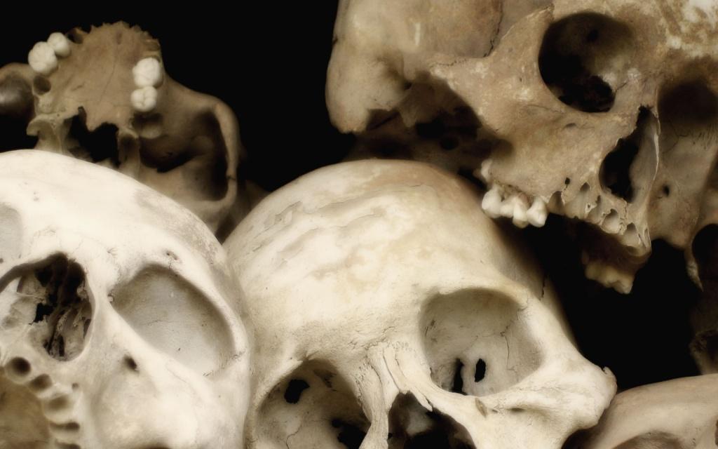 GRAFFITI A RAP+hocoo Skulls10