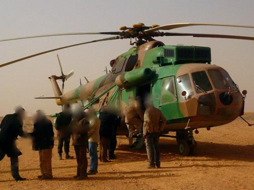 صور الطائرة المروحية الجزائرية ال:MI-17 التي تم تطويرها: Photo210