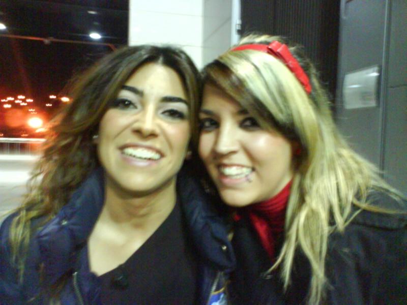 Melania con fans Dsc00110
