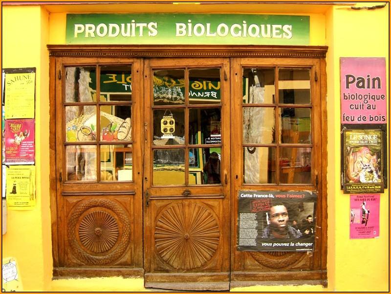Devantures, vitrines, étals Boutiq11
