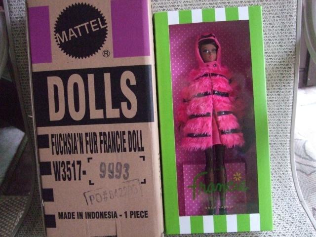 MATTEL: Barbie Collector - Page 5 T2ec1610