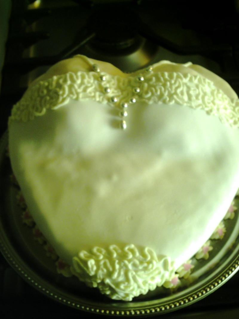 gâteaux costumes de mariés Coeurb10