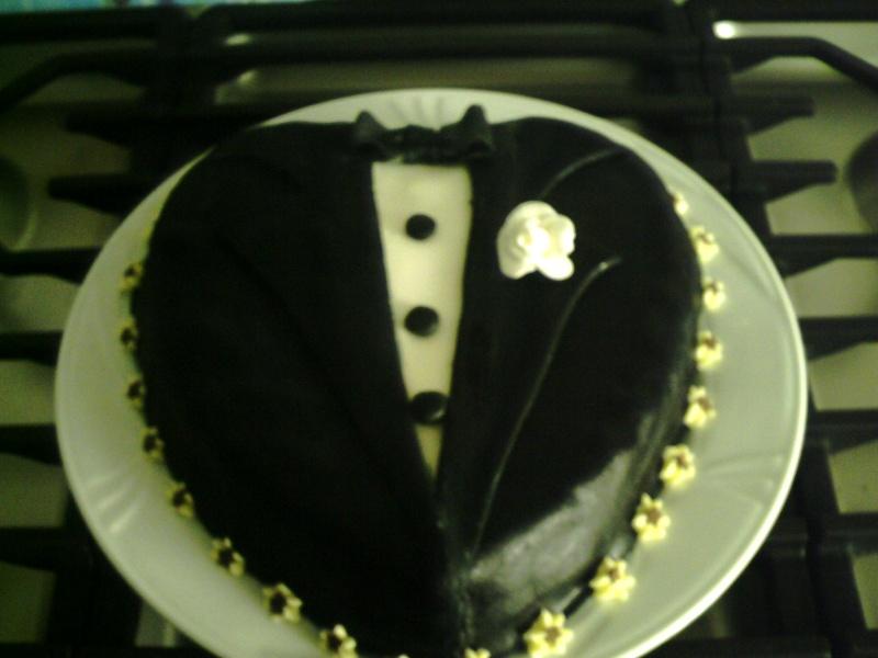 gâteaux costumes de mariés Marie10