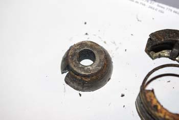 cherche tailles de la charniere du pare-brise Imgp0911