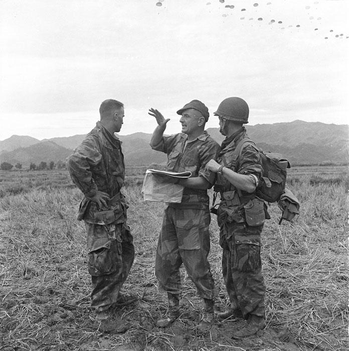 20 novembre 2012 le général Bigeard rejoindra ses compagnons d'armes au mémorial des guerres d'Indochine à Fréjus où une stèle sera dévoilée Tonk-510