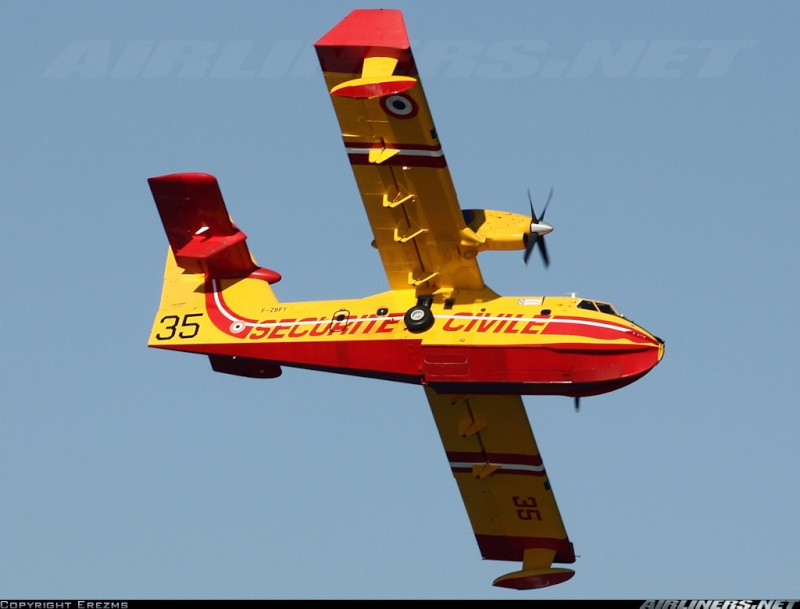 Construction d' un Canadair CL-415 en PSS! 18324510