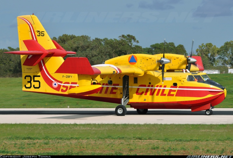 Construction d' un Canadair CL-415 en PSS! 18584410