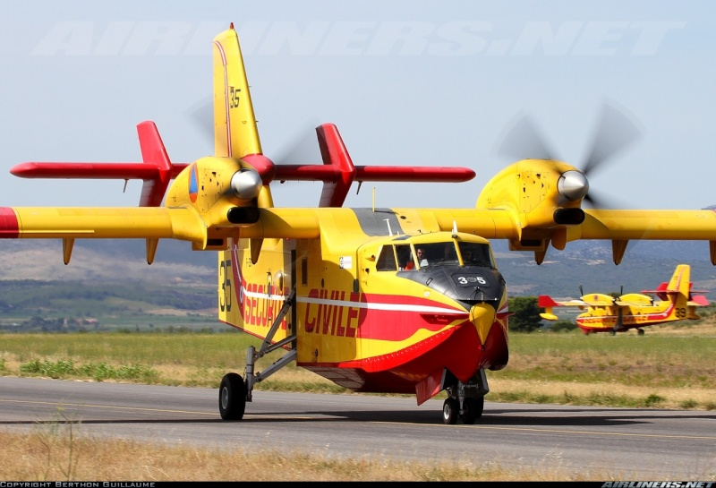 Construction d' un Canadair CL-415 en PSS! 21454310