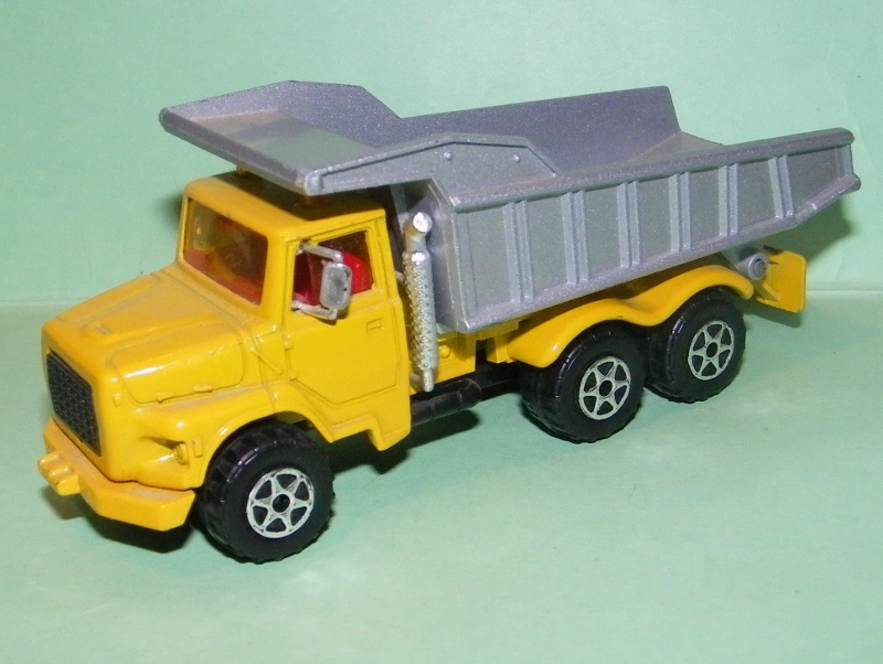 N°3010 / 4507 Ford L Benne Carriére 3010_b10